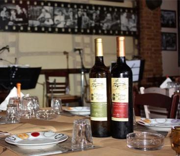 Μουσικό Μεζεδοπωλείο - Ο Τέντζερης και το...Καπάκι - Περιστέρι - 14€ από 42€ (Έκπτωση 67%) για ένα Πλήρες Γεύμα 2 Ατόμων με Απεριόριστο Φαγητό και Ελεύθερη Επιλογή από τον Κατάλογο, στο Μουσικό Μεζεδοπωλείο «Ο Τέντζερης και το... Καπάκι» στο Περιστέρι! Ένα βήμα από την πλατεία Μπουρναζίου, σ' έναν χώρο με ζεστή ατμόσφαιρα και ξεχωριστές γεύσεις!!! εικόνα